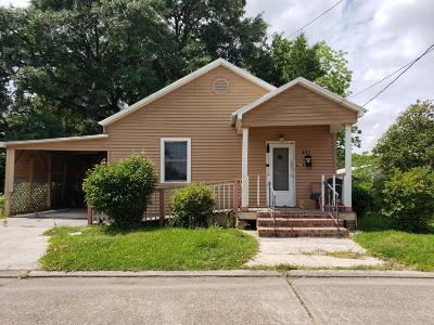 St. Martinville Single Family Home Active/Contingent: 421 W Claiborne Street