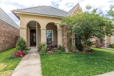 Lafayette Single Family Home For Sale: 114 Brightwood Drive