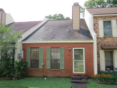 Lafayette Single Family Home For Sale: 209 Long Plantation Boulevard #B