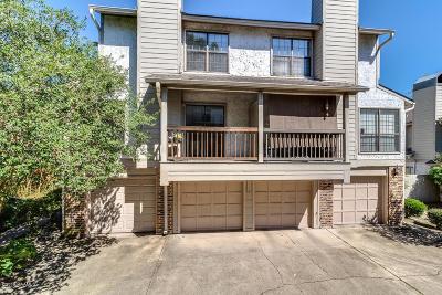 Lafayette Single Family Home For Sale: 1304 E Bayou Parkway #4d