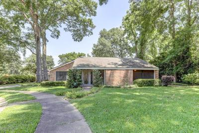 Lafayette Single Family Home For Sale: 105 Buttercup Circle