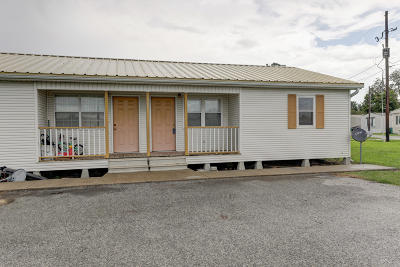New Iberia Rental For Rent: 705 E Hwy 90 #1b