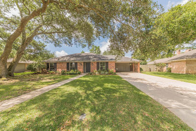 Lafayette Single Family Home For Sale: 402 Woodvale Avenue
