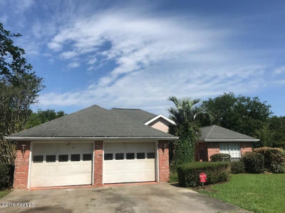 New Iberia Single Family Home For Sale: 413 Jacquiline Drive
