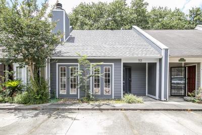 Single Family Home For Sale: 52 Audubon Oaks Boulevard