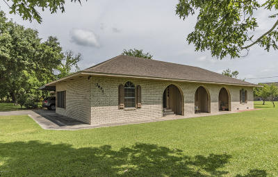 St. Martinville Single Family Home For Sale: 3671-A Catahoula Hwy
