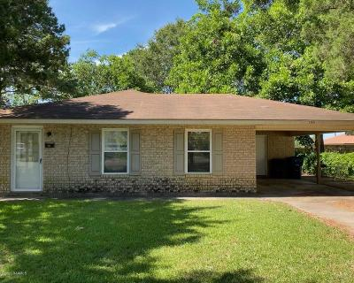 Eunice Single Family Home For Sale: 2000 W Dudley Street
