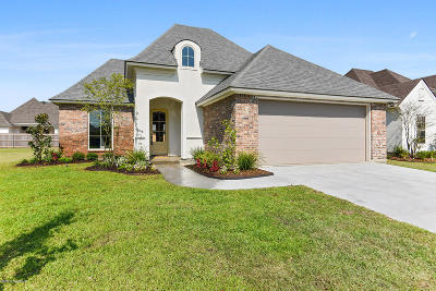 Broussard Single Family Home For Sale: 612 Easy Rock Landing Drive