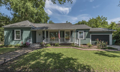 Crowley Single Family Home For Sale: 226 W 12th St Street