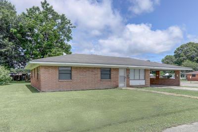 Delcambre Single Family Home For Sale: 200 S Central Street
