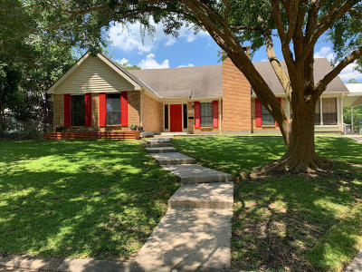 St. Martinville Single Family Home For Sale: 320 S New Market Street