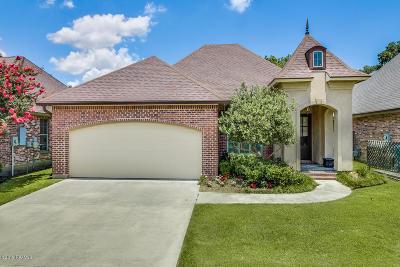 Lafayette Single Family Home For Sale: 209 Baltimore Lane