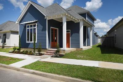 Single Family Home For Sale: 105 Keelingwood Lane