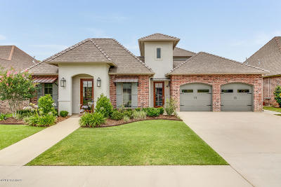 Lafayette Single Family Home For Sale: 105 Old Pottery Bend