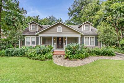 Lafayette  Single Family Home Active/Contingent: 511 St Louis Street