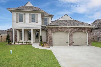 Lafayette Single Family Home For Sale: 208 Oats Drive