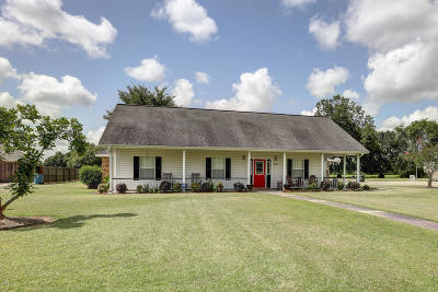 Carencro  Single Family Home For Sale: 202 La Rue Christ Roi