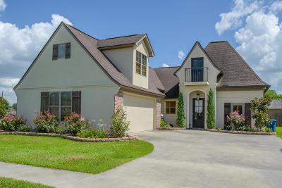 Scott Single Family Home Active/Contingent: 101 Parker Oak Drive