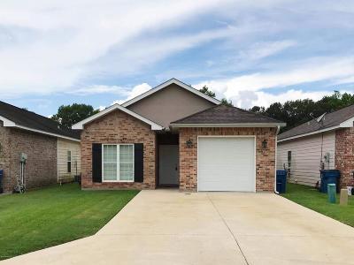 Lafayette Single Family Home For Sale: 111 Aruba Dr. Drive