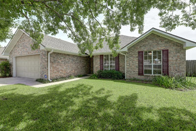 broussard Single Family Home For Sale: 203 Longleaf Drive