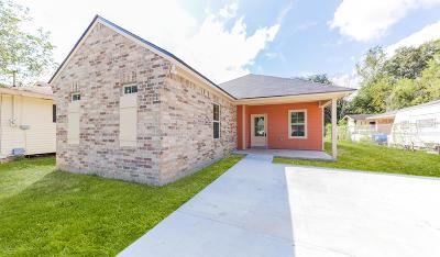 Lafayette  Single Family Home For Sale: 218 Allen Street