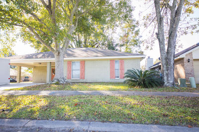 Lafayette  Single Family Home For Sale: 116 Tally Ho Drive