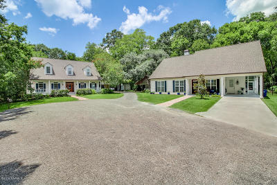 Lafayette Single Family Home For Sale: 120 W Bayou Shore Street