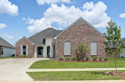Woodlands Of Acadiana Single Family Home For Sale: 211 Woodstone Drive