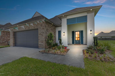 Broussard Single Family Home For Sale: 501 Channel Drive
