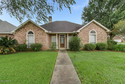 Broussard Single Family Home For Sale: 100 Kettle Court