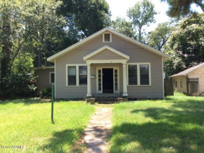 Jennings Single Family Home For Sale: 215 W Plaquemine Street
