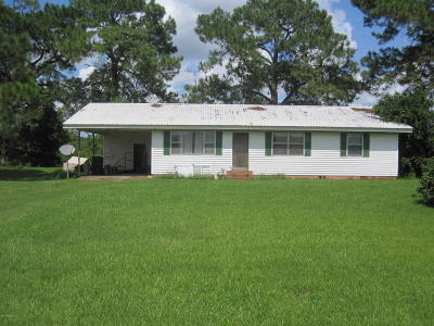 Iberia Parish Single Family Home For Sale: 7106 Hwy 90 W-Frontage Road