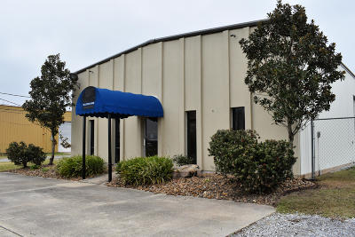 Lafayette Parish Commercial Lease For Lease: 105 Lafferty Drive