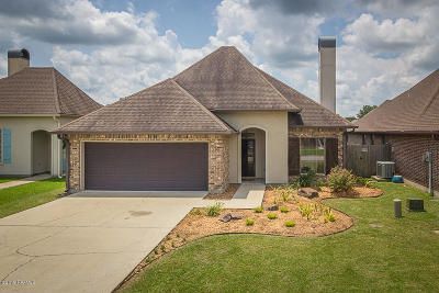 Lafayette Single Family Home For Sale: 202 Creekside Drive