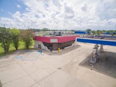 Lafayette Parish Commercial For Sale: 905 Ambassador Caffery Parkway