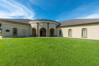 Lafayette Parish Commercial For Sale: 4906 Ambassador Caffery Parkway #B