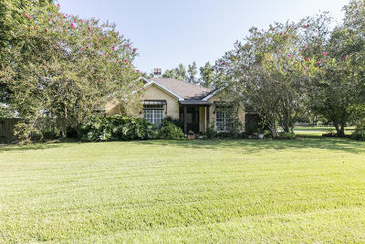 Lafayette  Single Family Home For Sale: 305 Wood Duck Drive