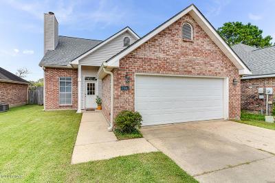 Lafayette  Single Family Home For Sale: 114 Cane Ridge Circle