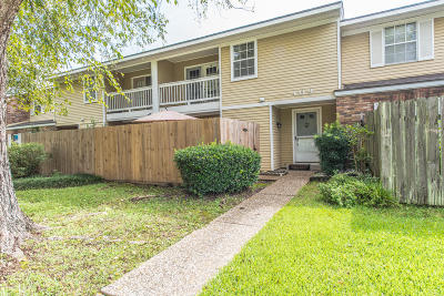 Lafayette  Single Family Home For Sale: 200 Lodge Drive #409