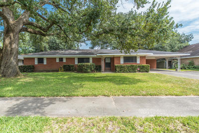 Lafayette  Single Family Home For Sale: 204 Joy Street