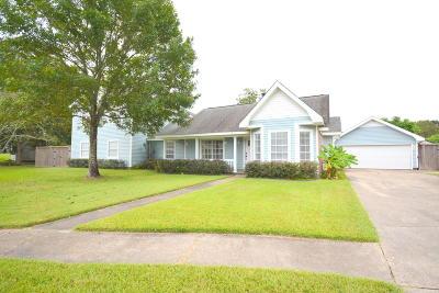 Lafayette  Single Family Home For Sale: 294 Lark Drive
