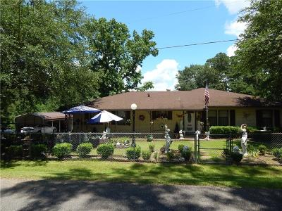 Winnfield LA Single Family Home For Sale: $124,900