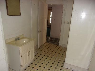 Winnfield LA Single Family Home For Sale: $30,740