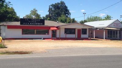 Alexandria LA Commercial For Sale: $170,000