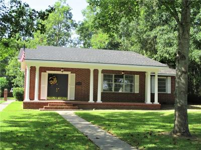 Winnfield LA Single Family Home For Sale: $145,000