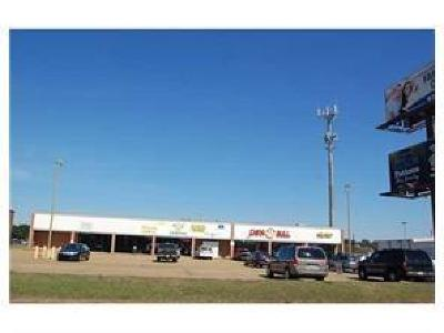 Alexandria LA Commercial For Sale: $1,233,000