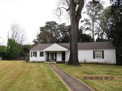 Alexandria LA Single Family Home For Sale: $138,000