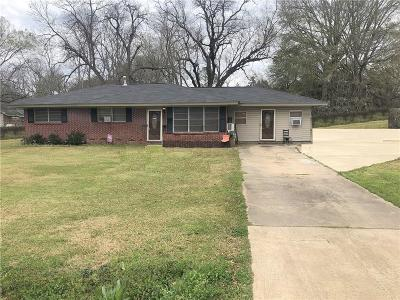 Alexandria LA Single Family Home For Sale: $99,000