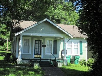 Winnfield LA Single Family Home For Sale: $72,500