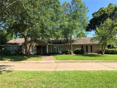 Alexandria Single Family Home For Sale: 4407 Whitefield Boulevard